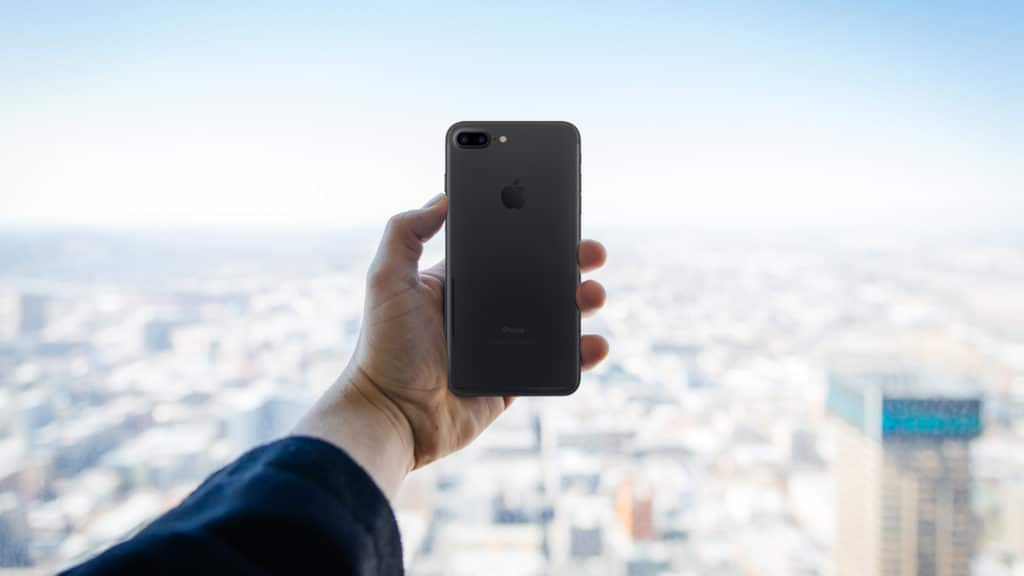 Courage: The iPhone 7 and its Missing Piece