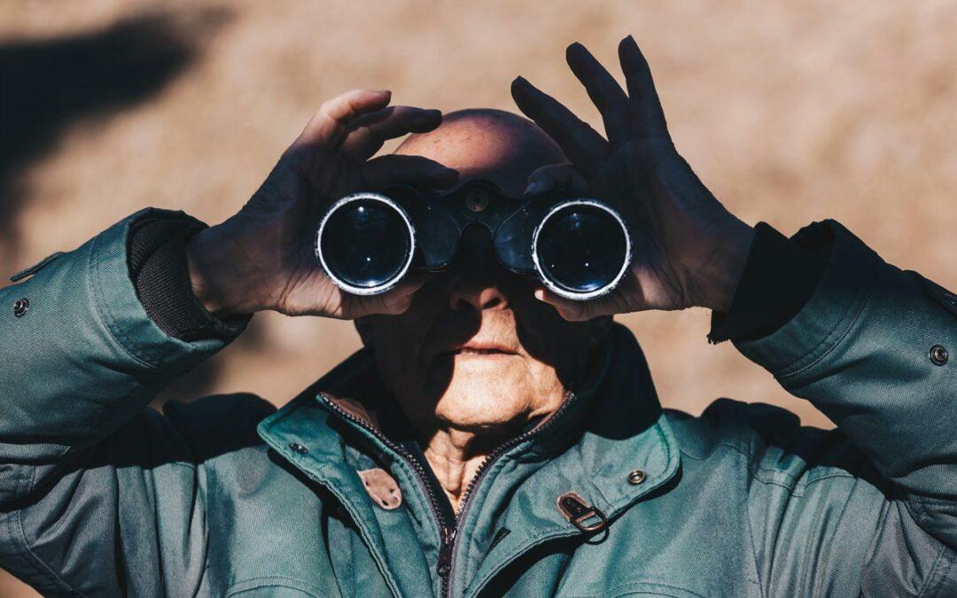 SEO searching elderly man